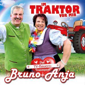 Im_Traktor_vor_mir__Anja_und_BrunoNEU